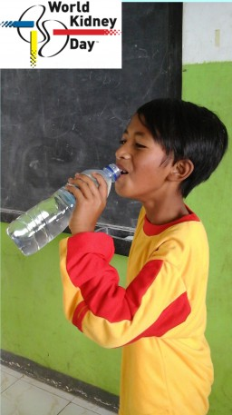Start everyday with a glass of water-999
